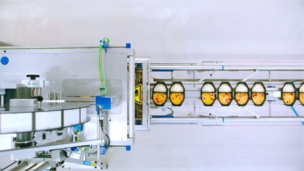 With the Micvac effective food processing equipment the trays are sealed air-tight